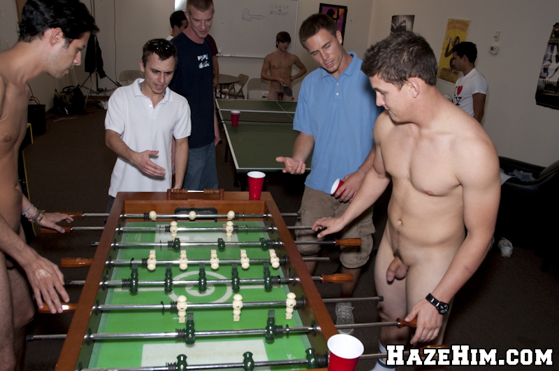 Straight Guys College Game
